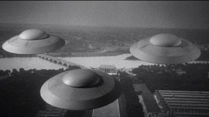 earth-vs-flying-saucers